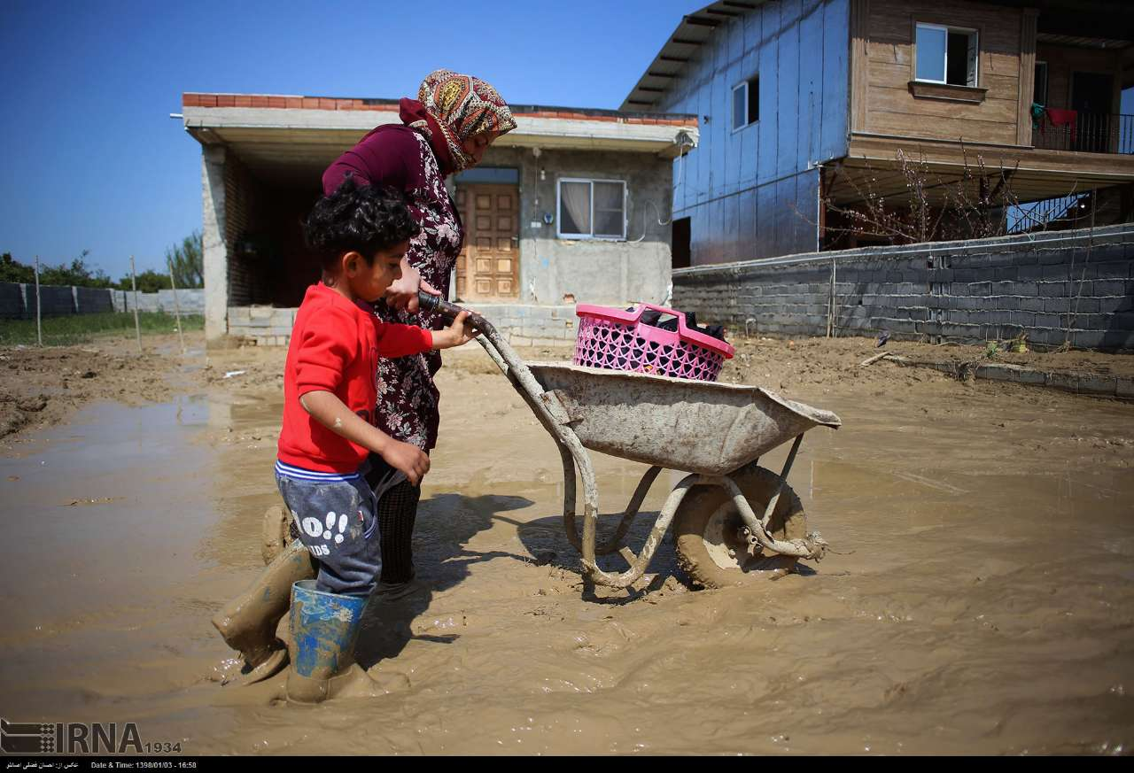 Devastating flood hits southern city of Shiraz leaves 19 killed, dozens injured